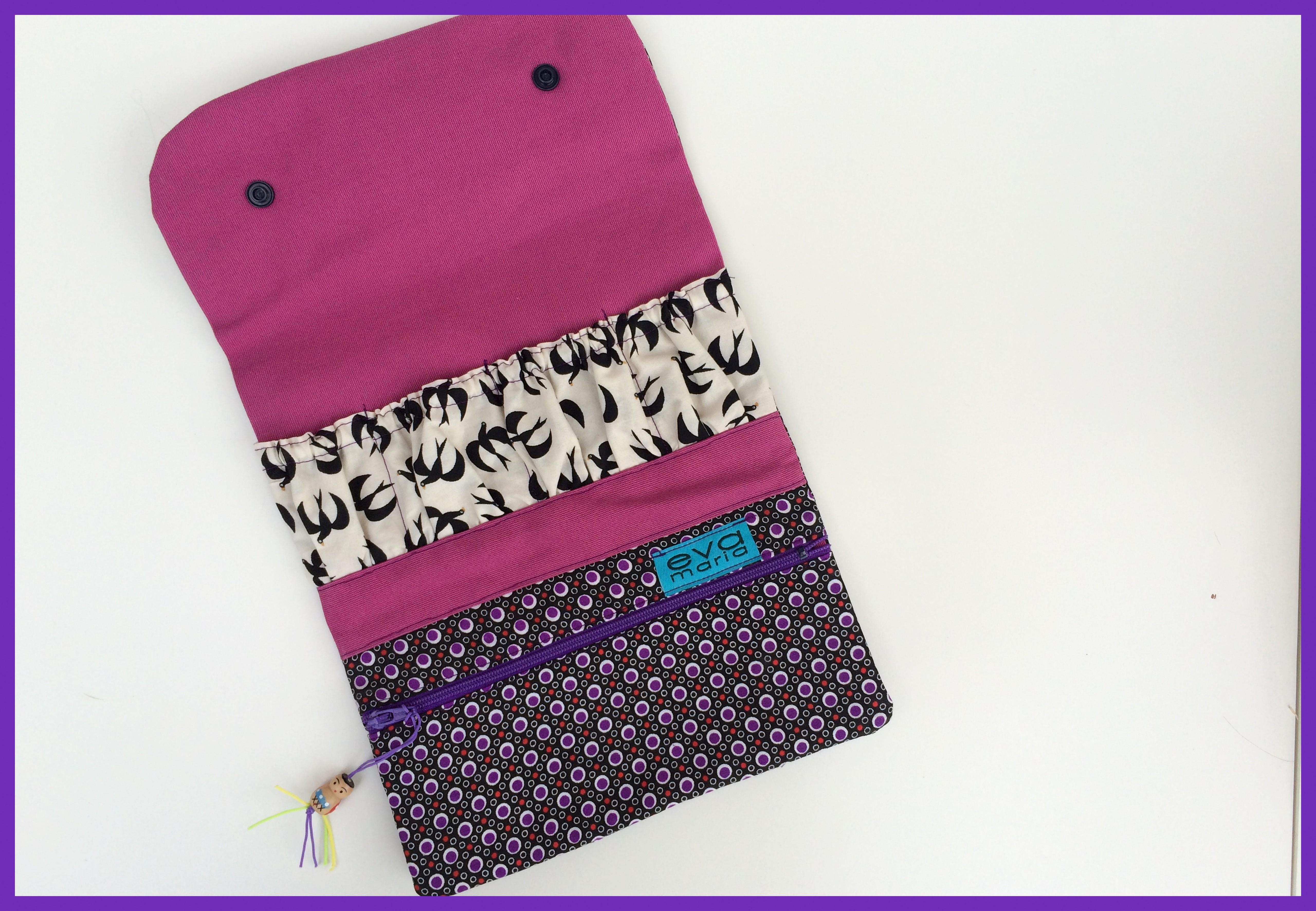 manicure wallet