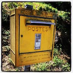 Ni journaux, ni imprimés. #France #postes #brievenbus #postbox
