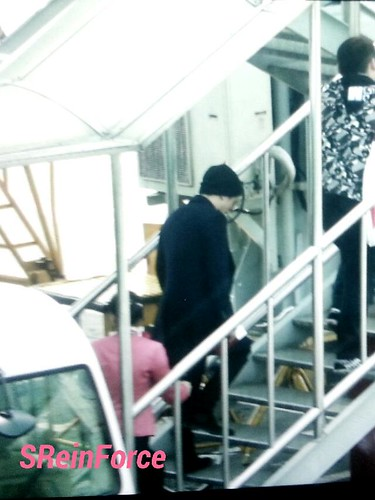 Big Bang - Fuzhou Airport - 29mar2015 - Seung Ri - SReinForce - 01
