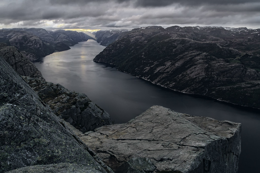 The dark side of Preikestolen.