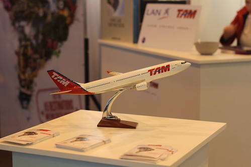 TAM Airlines - Salon du Livre de Paris 2015