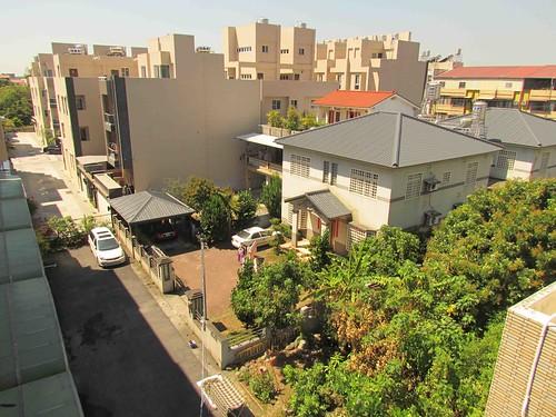 美濃都市計劃區裡興建不少社區住宅。攝影:李慧宜