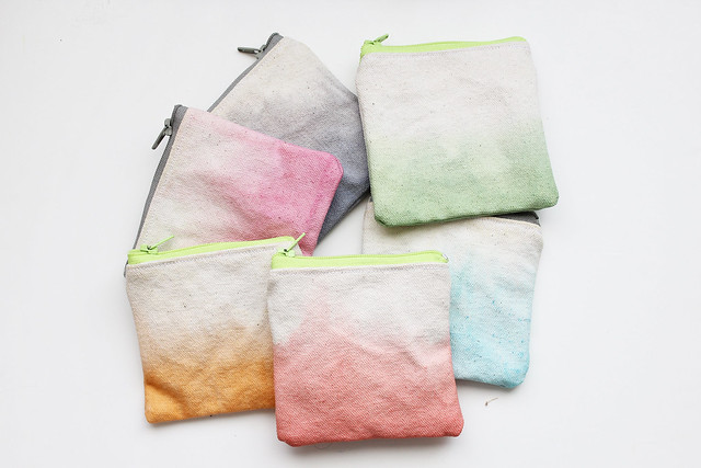 Dyed canvas coin purse.