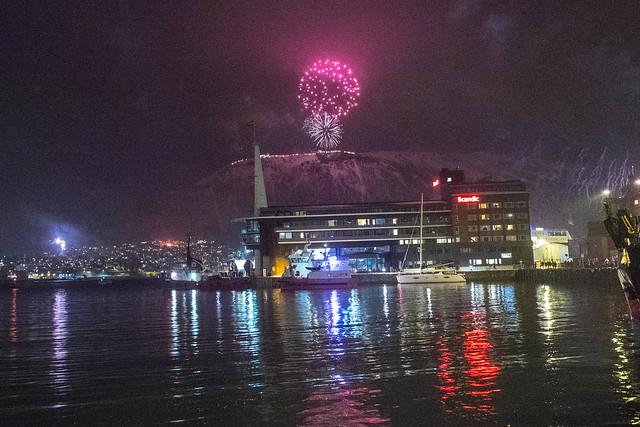 Fuegos artificiales de fin de año en Tromsø