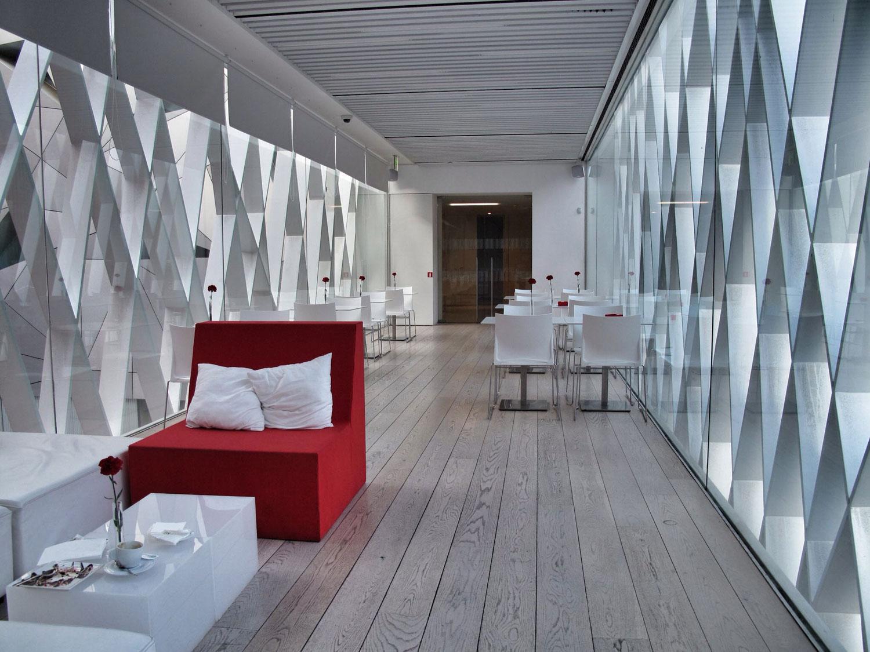 museo abc_madrid_aranguren gallegos_rehabilitacion_cafeteria
