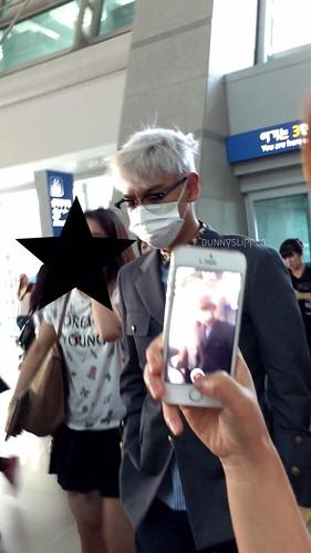 Big Bang - Incheon Airport - 07aug2015 - bunnyslipper - 01