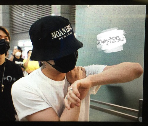 BIGBANG Departure Seoul Incheon to Foshan 2016-06-10 (133)