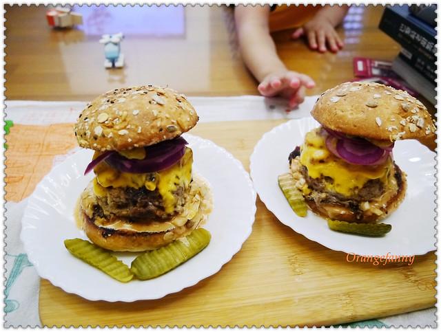 150426 培根乳酪牛肉瘋漢堡-03