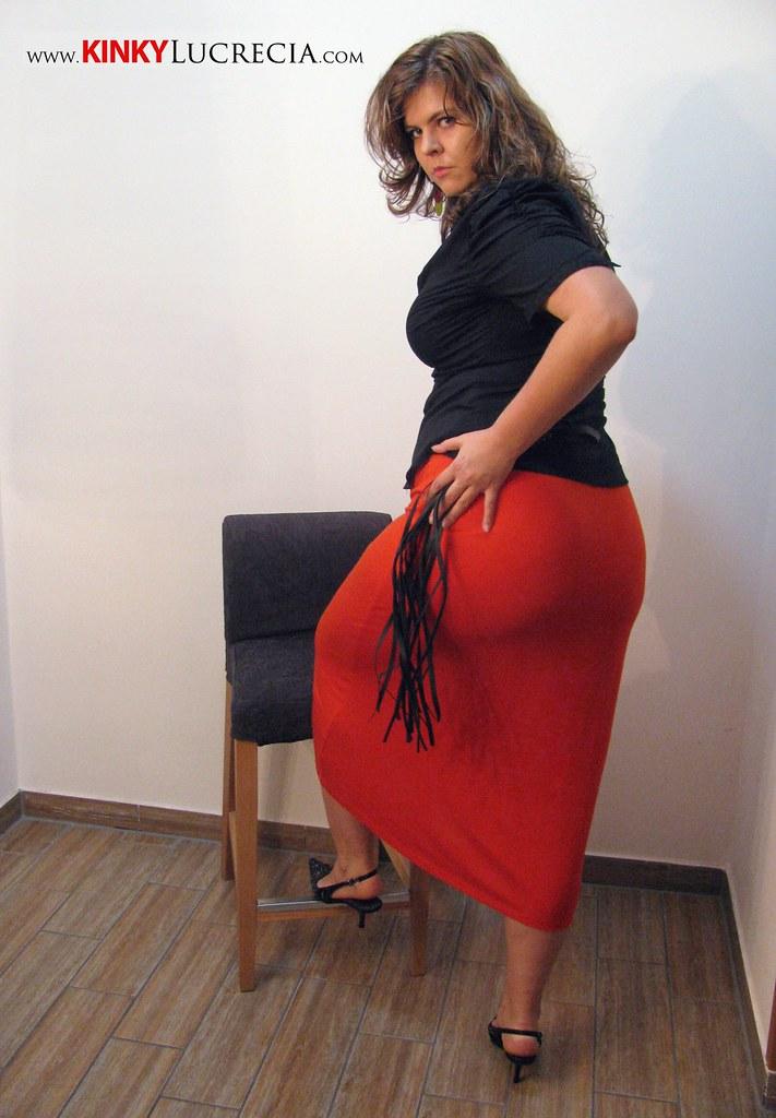 Spanking women asses