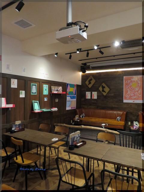 Photo:2015-05-01_ハンバーガーログブック_センター街の24H営業のカフェバー【渋谷】ヴァンダリズム_02 By:logtaka
