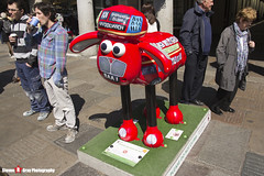 ANOTHER ONE RIDES THE BUS No.16 - Shaun The Sheep - Shaun in the City - London - 150423 - Steven Gray - IMG_9993