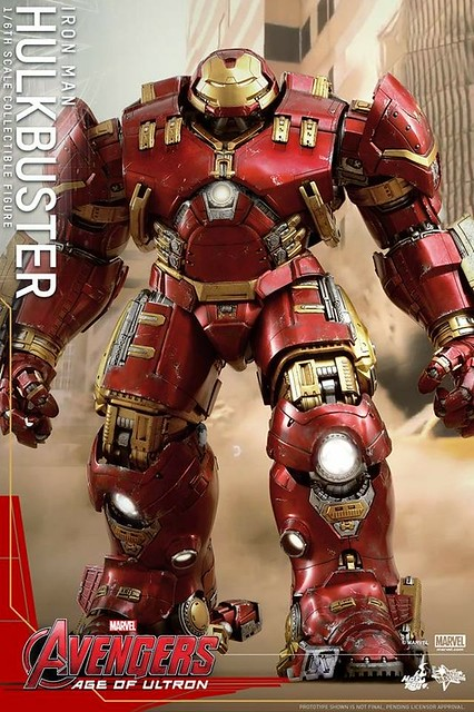 LEGO 76031 The Hulk Buster Smash move Hot Toys figure Hulkbuster 1