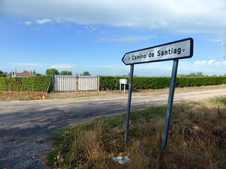 Day 1: Leon to Villar de Mazarife (22km)