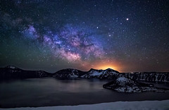 milkyway rising over Crater lake