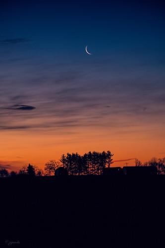 columbus moon wisconsin sunrise unitedstates scenic moonrise ©jrj