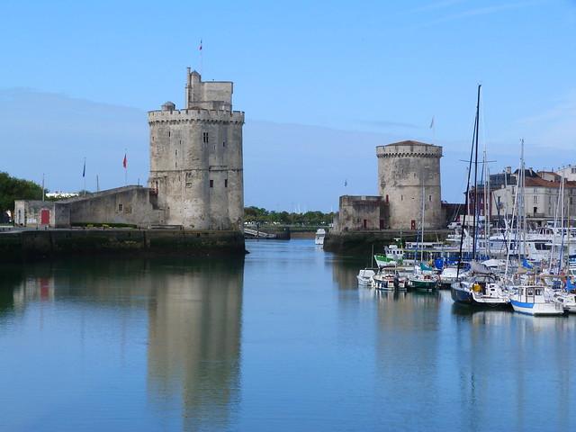 Los bastiones defensivos de La Rochelle (Torre de San Nicolás y Torre de la cadena)