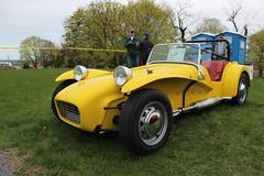 race car, automobile, lotus seven, vehicle, caterham 7 csr, antique car, vintage car, land vehicle, sports car,