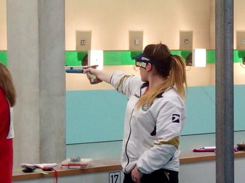 Cristina Muñoz tirando PA
