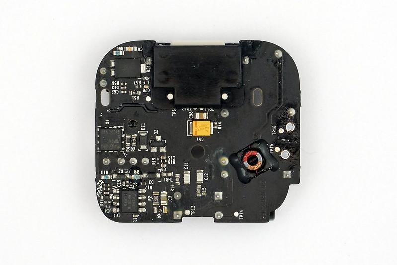 apple-folding-uk-charger-pcb-bottom