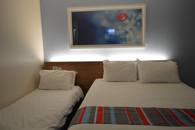 This is a photo of a family room in Travelodge York Tadcaster