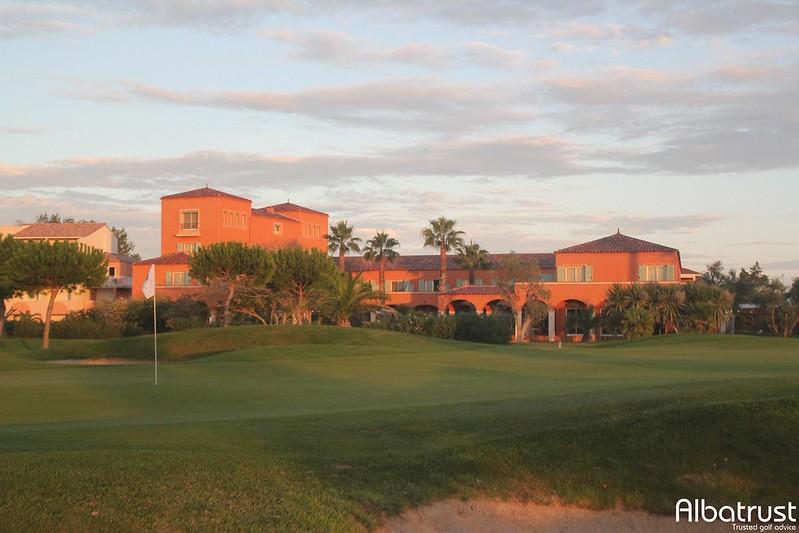 photo du golf Golf Du Cap D Agde - Parking
