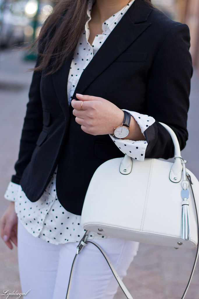black blazer, polka dot shirt, white denim, trainers-5.jpg