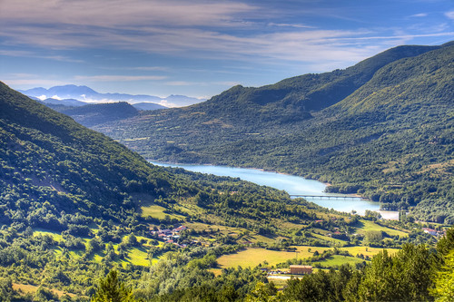 park bridge sky italy parco mountain lake clouds montagne lago italia nuvole ponte national cielo di tear abruzzo nazionale lacrima barrea villetta esinuhe69