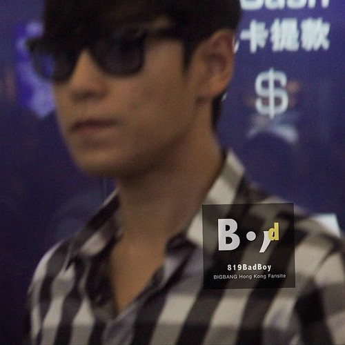 TOP-HongKongAirport-26sep2014-Fansite-819BadBoy-03