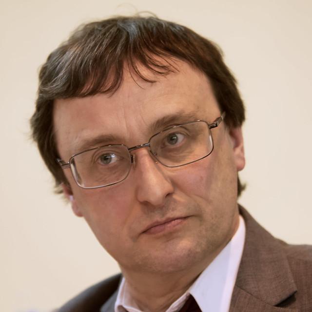 14 Peter Reisdorf