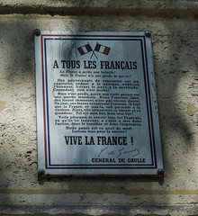 Photo of White plaque number 39480