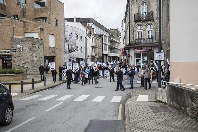 Vannes : Manifestation du collectif Adsav