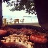Hoje Churrasco na Praia! -Today BBQ on the beach!!! Come with us!!! #gekochill #pontal #paraty #rj