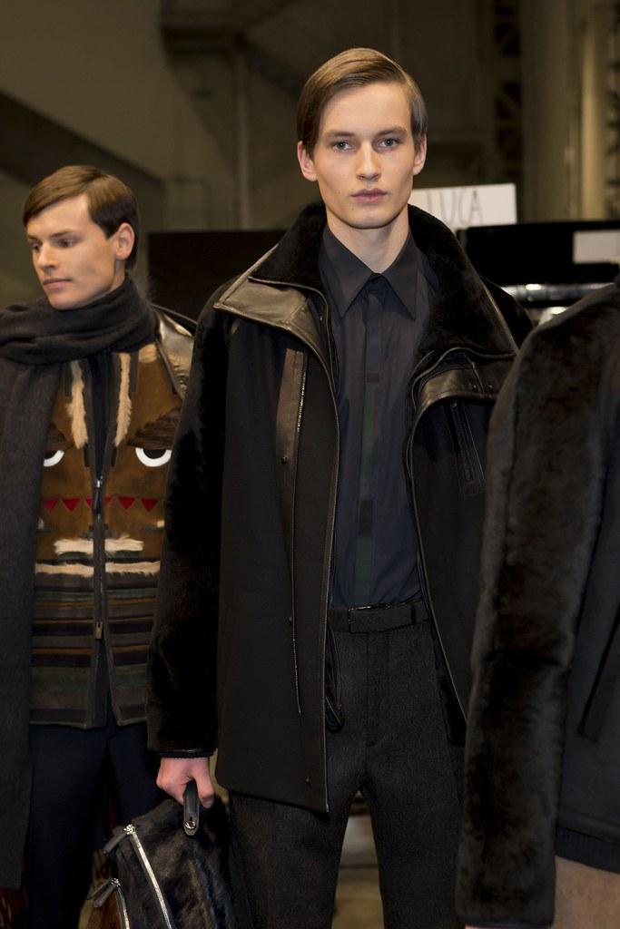 FW15 Milan Fendi255_Christopher Poulter, Frederik Ruegger(fashionising.com)
