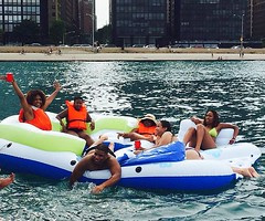 about that #schmuttandfriends boat party. :flushed::stuck_out_tongue_closed_eyes:#summertimeChi #besttimeever #whathappensontheboatstaysontheboat