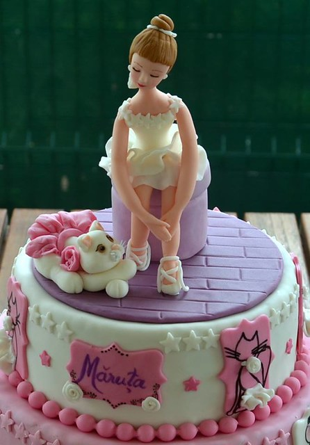 Ballerina Cake by Cristina Robea of Jucarioare dulci
