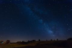 Pour rêver un peu ... La Voie Lactée vue depuis un petit village de l'Aubrac, en Lozère