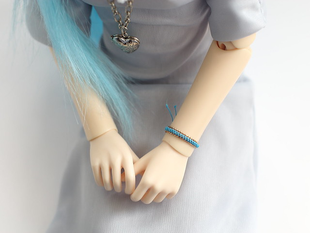 Wristband for bjd