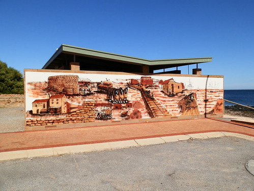Port Victoria loo's amazing mural might make you forget why you came!