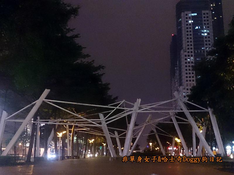 高雄市立圖書館&夢時代廣場摩天輪14