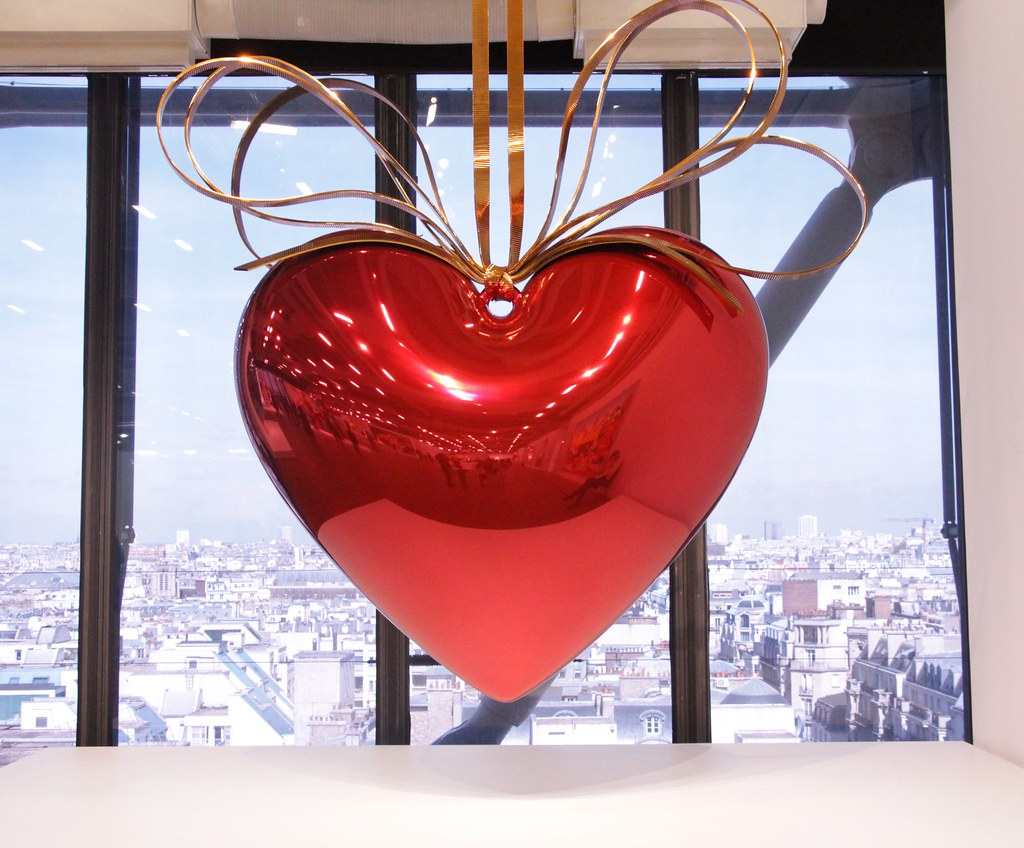 Hanging Heart, 1994-2006, Jeff Koons