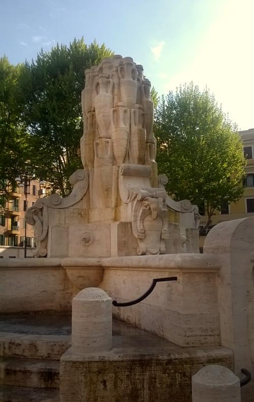 Fontana delle anfore Rome