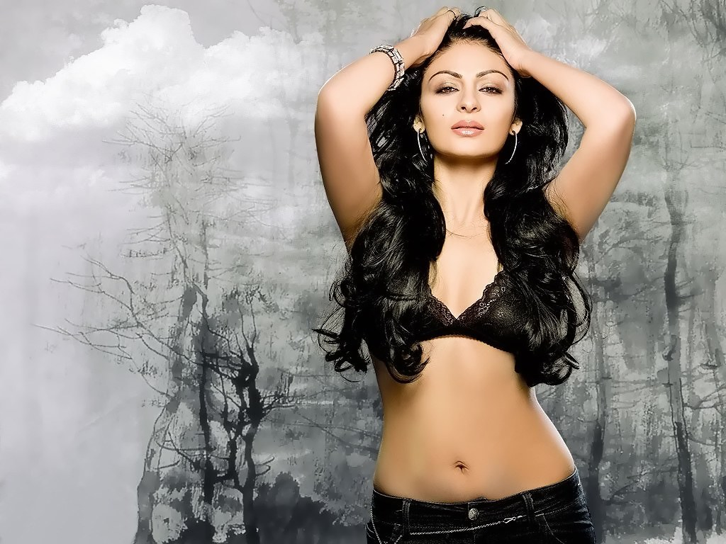 Sexy photos of neeru bajwa