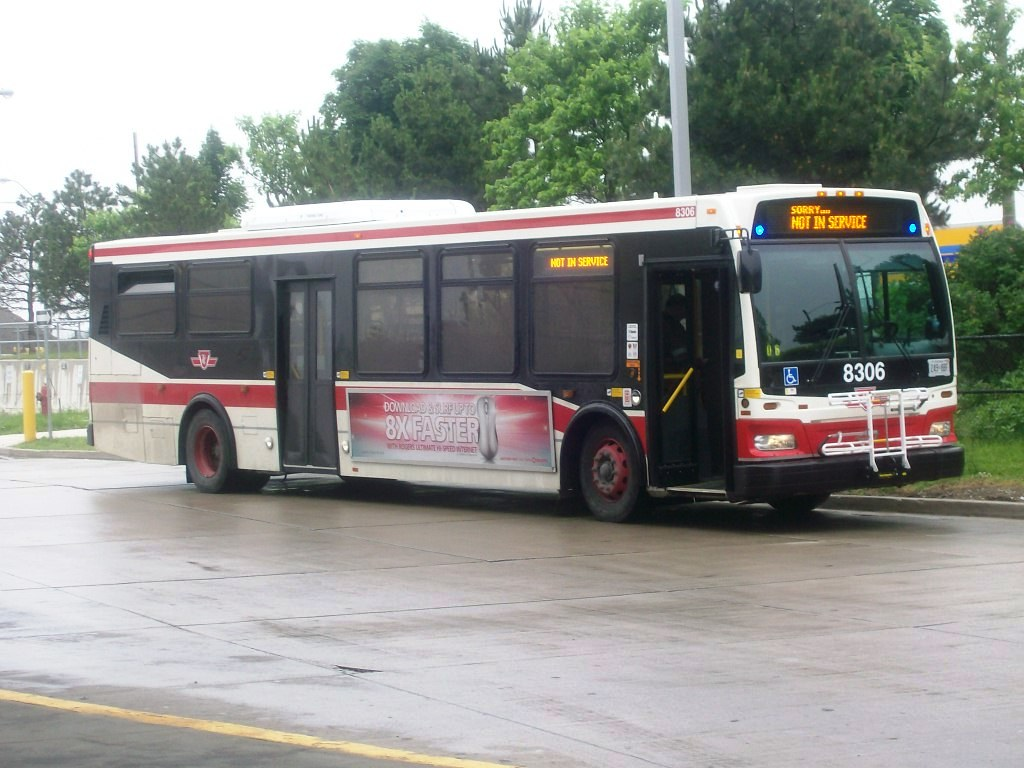 TTC 2011 Orion VII #8306