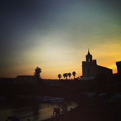 An evening in Stazzo #sicily #italy #travel #sunset #tramonte #silhouette