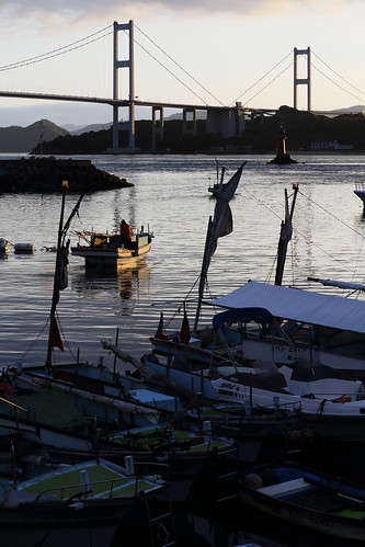 morning japan landscape 日本 fishingboat suspensionbridge 瀬戸内海 漁港 fishingharbor imabari 漁船 来島海峡大橋 今治 来島海峡 愛媛県 enime 瀬戸内しまなみ海道 kurushimakaikyōbridge