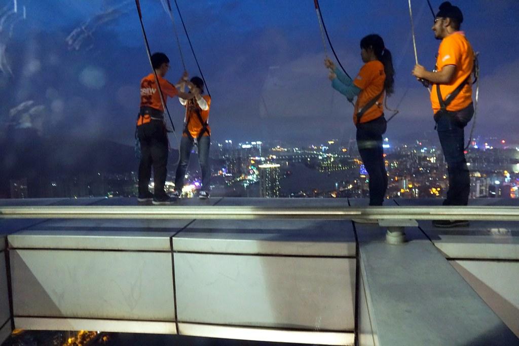 Macau Tower - sightseeing - bungee jumping-001