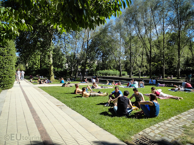 Open areas of jardin yitzhak rabin flickr photo sharing for Jardin yitzhak rabin