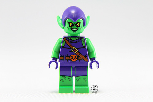 LEGO Juniors Green Goblin Minifigure Close Up Look | The ...