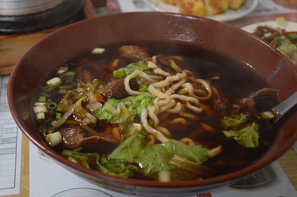 陳紅心豬肉麵01