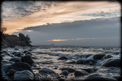 sunset sea sky coast sonnenuntergang stones himmel baltic steine ostsee steilküste küste wellen brodten steilufer brodtener